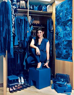 5 LADIES WHO WEAR AND LIVE IN ONE COLOUR Valeria McCulloch blue