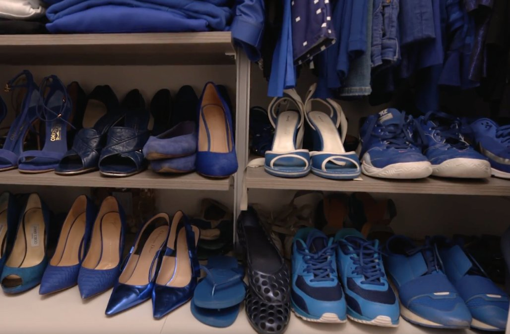 5 LADIES WHO WEAR AND LIVE IN ONE COLOUR Valeria McCulloch blue2