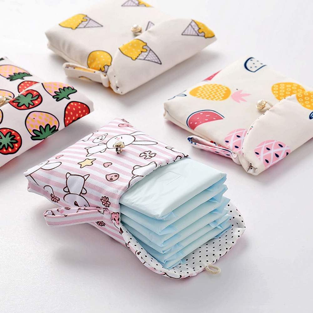 TRAVEL HACKS THAT EVERY GIRL NEEDS TO KNOW- cute period sanitary hygiene bag